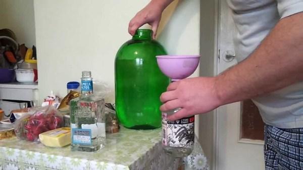 Как сделать домашнюю водку