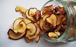 Яблочный самогон: рецепт браги из яблок или сока с перегонкой, советы специалистов