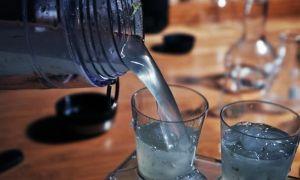 Как развести спирт водой до 40 градусов – точная таблица пропорций и онлайн калькулятор
