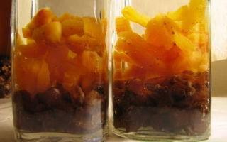 Рецепт настойки на кураге водки, самогона или спирта: правила выбора сырья и этапы производства