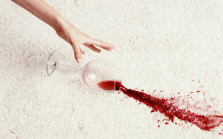 Как отстирать вино из одежды или скатерти – 5 лучших методов и пошаговая инструкция