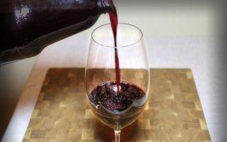 Вино из черники в домашних условиях по простому рецепту: чем полезен напиток и как его готовить?