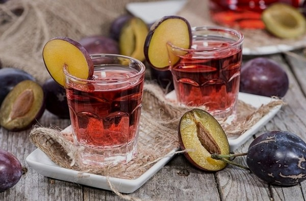 Как приготовить сливовую настойку на водке