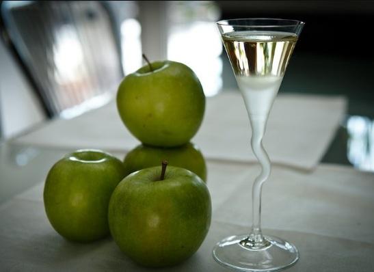 Сколько бродит яблочная брага с дрожжами