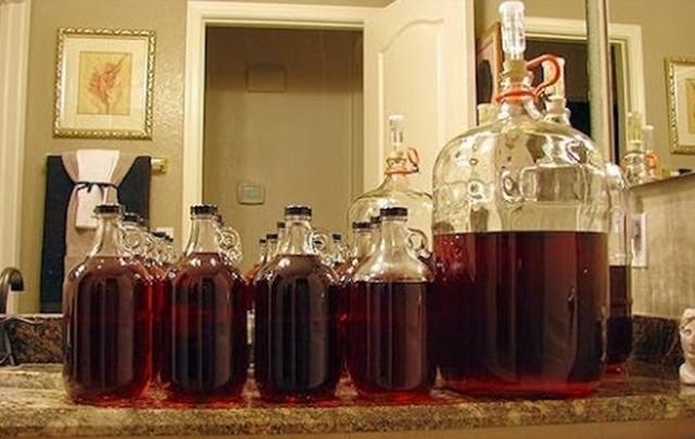 Вино не бродит или перестало бродить – как спасти ситуацию