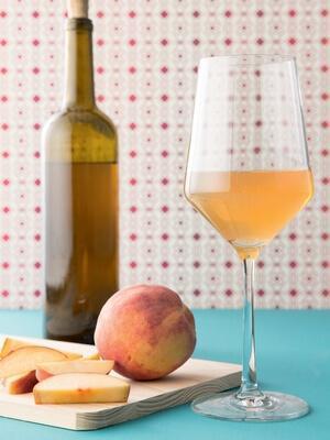 Вино из нектаринов в домашних условиях: рецепт приготовления
