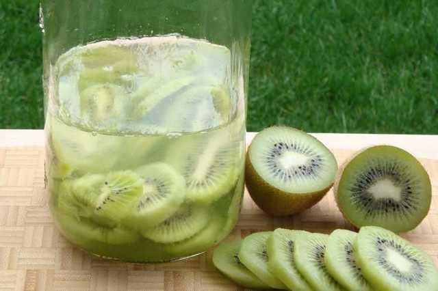 Настойка из киви на водке (спирте, самогоне) – лучший рецепт