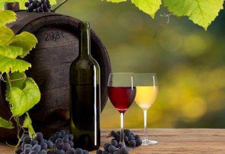 Сколько бродит вино на винных дрожжах
