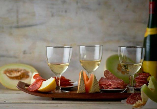 Домашнее вино из дыни по проверенному рецепту