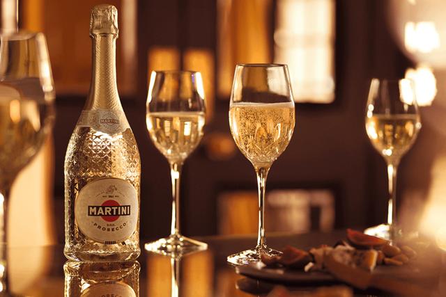 Состав мартини – вино, травы и престиж