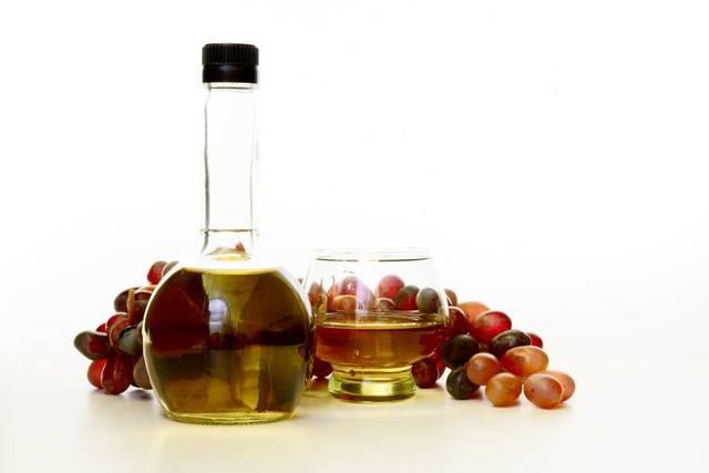 Уксус в вине – причины появления и профилактика