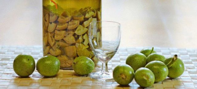 Вино из грецких орехов (зеленых) в домашних условиях – рецепт