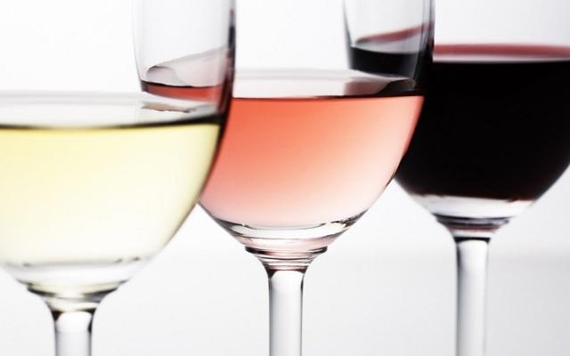 Разливное вино – пить или не пить