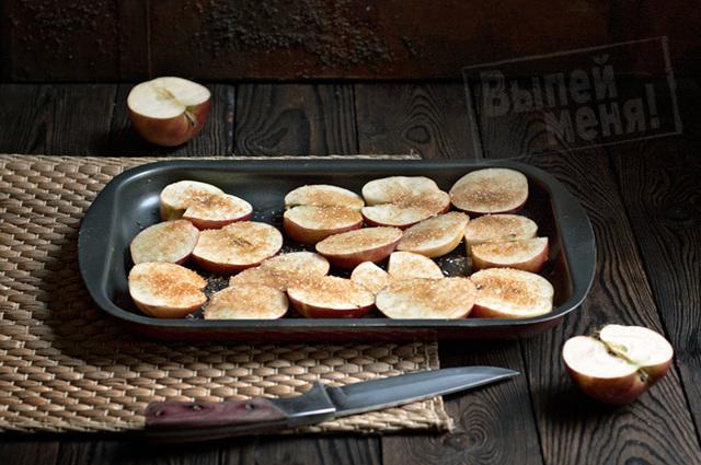 Настойка на печеных яблоках в домашних усдлвиях – рецепт