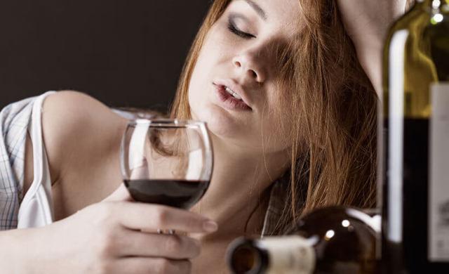 Можно ли пить вино здоровому человеку – разбираем ситуации