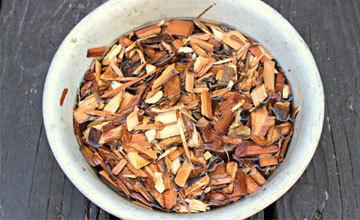 Вкус слишком сильно отдает древесиной, что делать