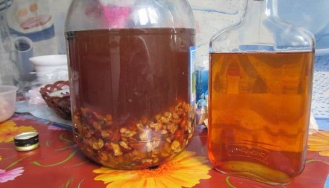Самогон из сухофруктов – рецепт браги с дрожжами и без